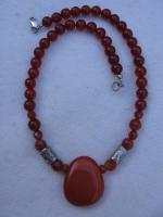 cornaline steen aan ketting, met zilver 042.jpg